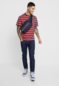 Levi's® - 501® SLIM TAPER - Jeans slim fit - new chapter warp - 1