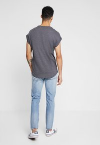 Levi's® - 501® SLIM TAPER - Slim fit jeans - revolution mid - 2