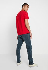 Levi's® - 502™ REGULAR TAPER - Jeansy Straight Leg - creeping thyme - 2
