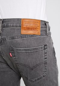 Levi's® - 512™ SLIM TAPER FIT - Jean slim - grey denim - 6