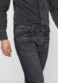 Levi's® - 512™ SLIM TAPER FIT - Jeans slim fit - dark-blue denim - 3