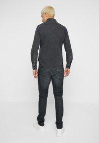 Levi's® - 512™ SLIM TAPER FIT - Jeans slim fit - dark-blue denim - 2