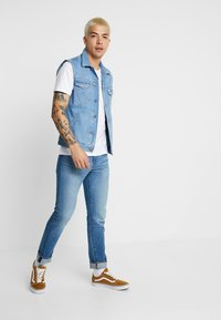Levi's® - 512™ SLIM TAPER FIT - Džíny Slim Fit - blue denim - 1