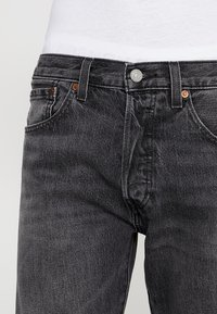 Levi's® - 501® SLIM TAPER - Tapered-Farkut - just grey - 3