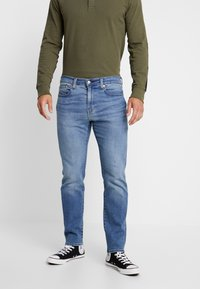 Levi's® - 502™ REGULAR TAPER - Jeans Tapered Fit - cedar light mid - 0