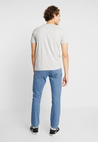Levi's® - 501® SLIM TAPER - Džíny Slim Fit - stonewashed - 2