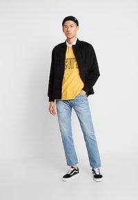 Levi's® - 501® '93 STRAIGHT - Straight leg jeans - basil castle - 1