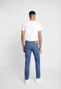 Levi's® - 502™ TAPER - Jeans slim fit - cedar nest adv - 2