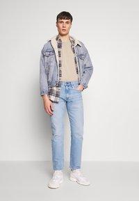 Levi's® - 502™ TAPER - Jeans slim fit - hawthorne fog adapt - 1