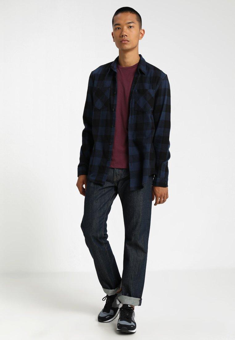Levi's® - SLIM FIT CREW TEE 2 PACK - T-shirt print - fig purple/dress blues