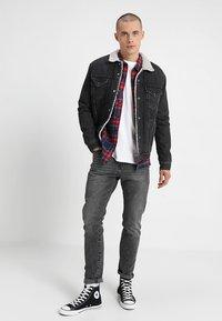 Levi's® - ORIGINAL TEE - Bluzka z długim rękawem - white - 1