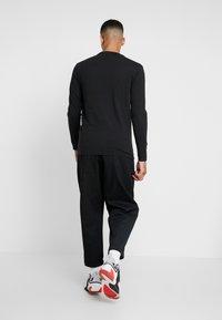 Levi's® - ORIGINAL TEE - Bluzka z długim rękawem - black - 2