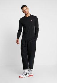 Levi's® - ORIGINAL TEE - Bluzka z długim rękawem - black - 1