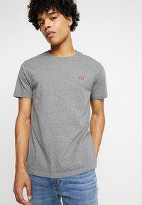 Levi's® - ORIGINAL TEE - Jednoduché triko - charcoal heather - 0