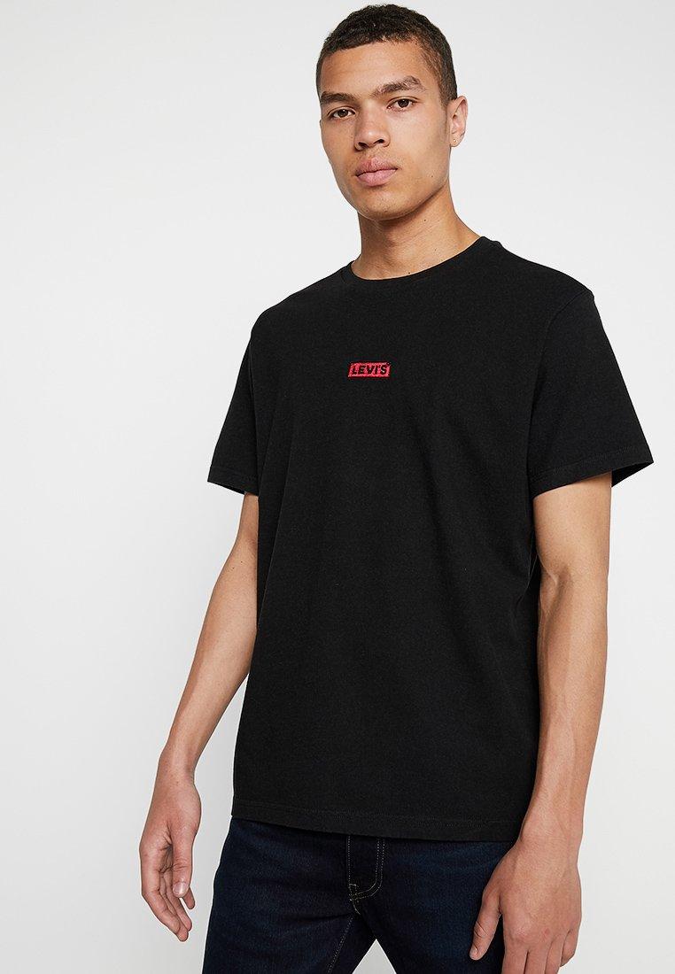 Levi's® - OVERSIZED BABY TAB - T-Shirt basic - black/crimson