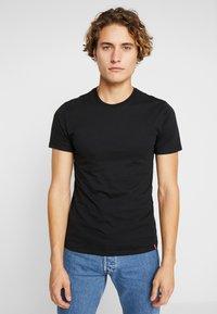 Levi's® - SLIM CREWNECK 2 PACK - T-shirt basique - black - 1
