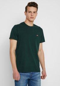 Levi's® - ORIGINAL TEE - T-shirt basic - pine grove - 0