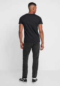 Levi's® - LEVI'S® X STAR WARS GRAPHIC - T-shirt con stampa - black - 2