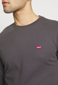 Levi's® - THE ORIGINAL - T-paita - forged iron