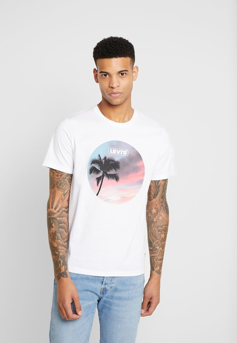 Levi's® - GRAPHIC  - T-shirt con stampa - white
