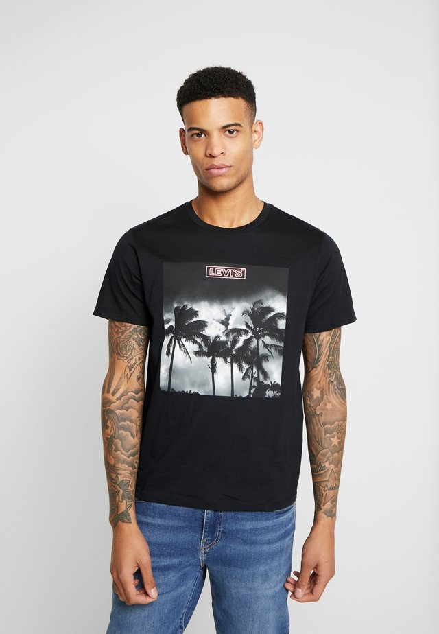 GRAPHIC  - T-shirt med print - mineral black