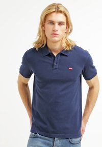 Levi's® - HOUSEMARK - Pikeepaita - dress blue - 0