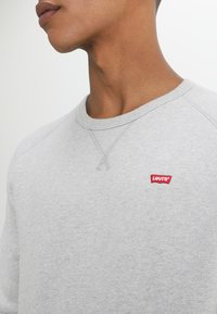 Levi's® - ORIGINAL ICON CREW - Sudadera - medium grey heather - 4