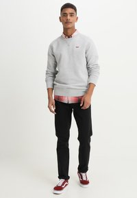 Levi's® - ORIGINAL ICON CREW - Mikina - medium grey heather - 1