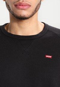 Levi's® - ORIGINAL ICON CREW - Sweatshirt - black - 4