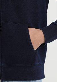 Levi's® - ORIGINAL ZIP UP HOODIE - Bluza rozpinana - dark indigo - 5