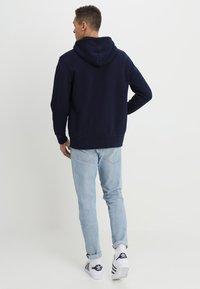 Levi's® - ORIGINAL ZIP UP HOODIE - Bluza rozpinana - dark indigo - 2
