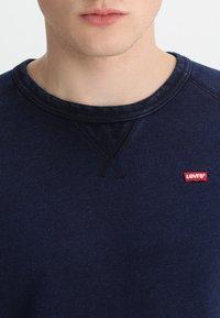Levi's® - ORIGINAL ICON - Sweatshirt - crew indigo - 3