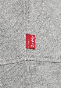 Levi's® - GRAPHIC CREW - Sweatshirt - midtone heather grey - 6