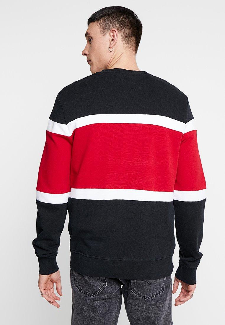 Pieced Pieced Levi's® CrewSweatshirt white Black CrewSweatshirt Black Levi's® white Levi's® Pieced wPn08kO