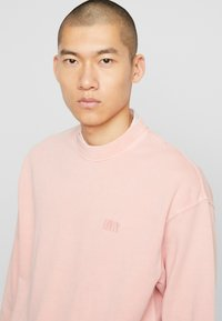 Levi's® - AUTHENTIC LOGO CREWNECK - Collegepaita - farallon - 5