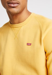 Levi's® - ORIGINAL ICON CREW - Sweater - golden apricot - 5