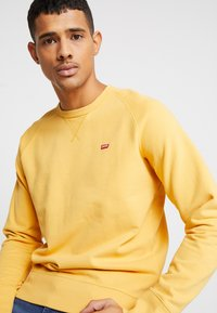 Levi's® - ORIGINAL ICON CREW - Sweater - golden apricot - 3