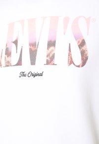 Levi's® - RELAXED GRAPHIC CREW - Sweatshirt - serif white - 2