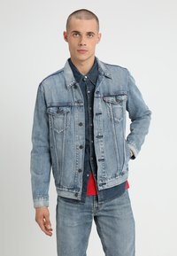 Levi's® - THE TRUCKER JACKET - Veste en jean - killebrew - 0