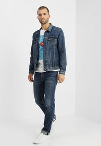 Levi's® - THE TRUCKER JACKET - Farkkutakki - mayze trucker - 1