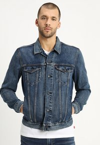 Levi's® - THE TRUCKER JACKET - Farkkutakki - mayze trucker - 0