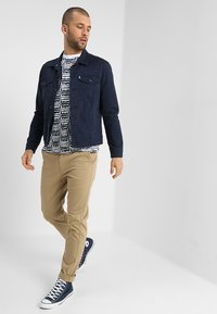 Levi's® - THE TRUCKER JACKET - Veste en jean - navy blazer - 1