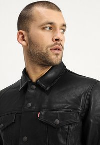 Levi's® - TRUCKER TYPE 3 - Leather jacket - black - 3