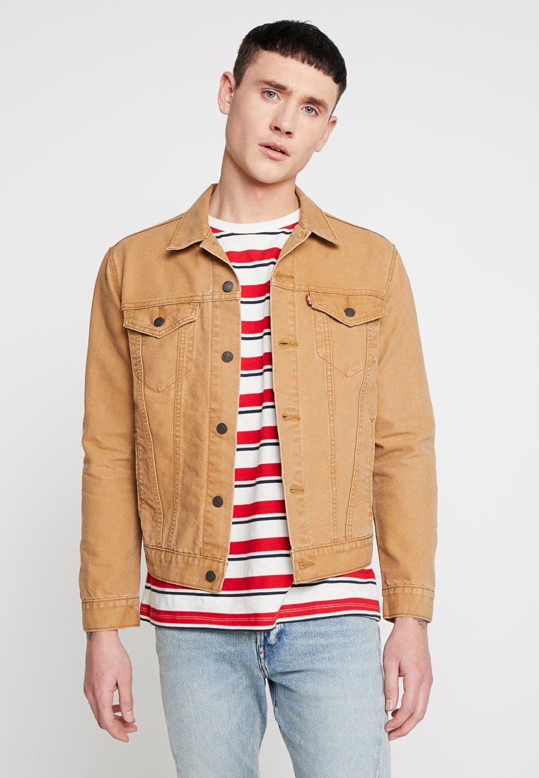 Levi's® - THE TRUCKER JACKET - Jeansjakke - sand