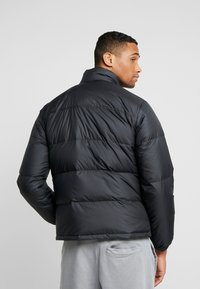 Levi's® - COIT PUFFER - Gewatteerde jas - black - 2