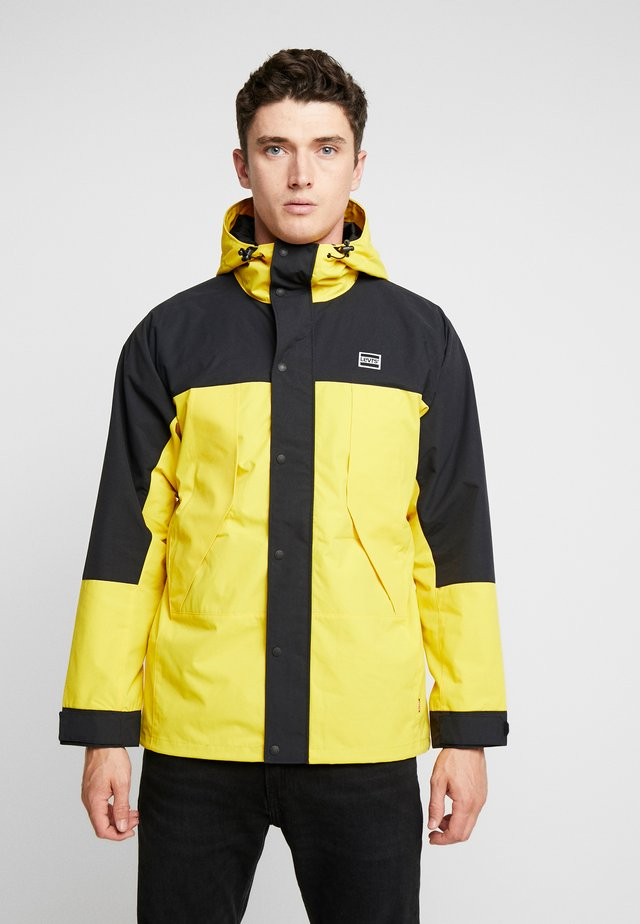 LIGHTWEIGHT SPORT - Parka - lemon