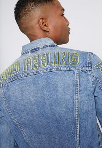 Levi's® - LEVI'S® X STAR WARS THE TRUCKER JACKET - Spijkerjas - blue denim - 3