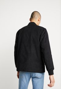 Levi's® - QUILTED DECK BOMBER  - Blouson Bomber - mineral black - 2