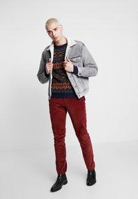 Levi's® - VIRGIL TRUCKER - Denim jacket - grey - 1