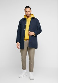 Levi's® - LONG UTILITY COAT - Kort kappa / rock - nightwatch blue - 1
